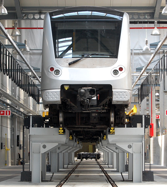 Underfloor Lifting System for Trains